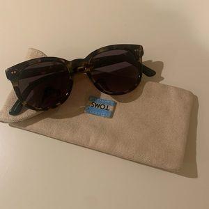 Tom's sunglasses- classic tortoise🐢